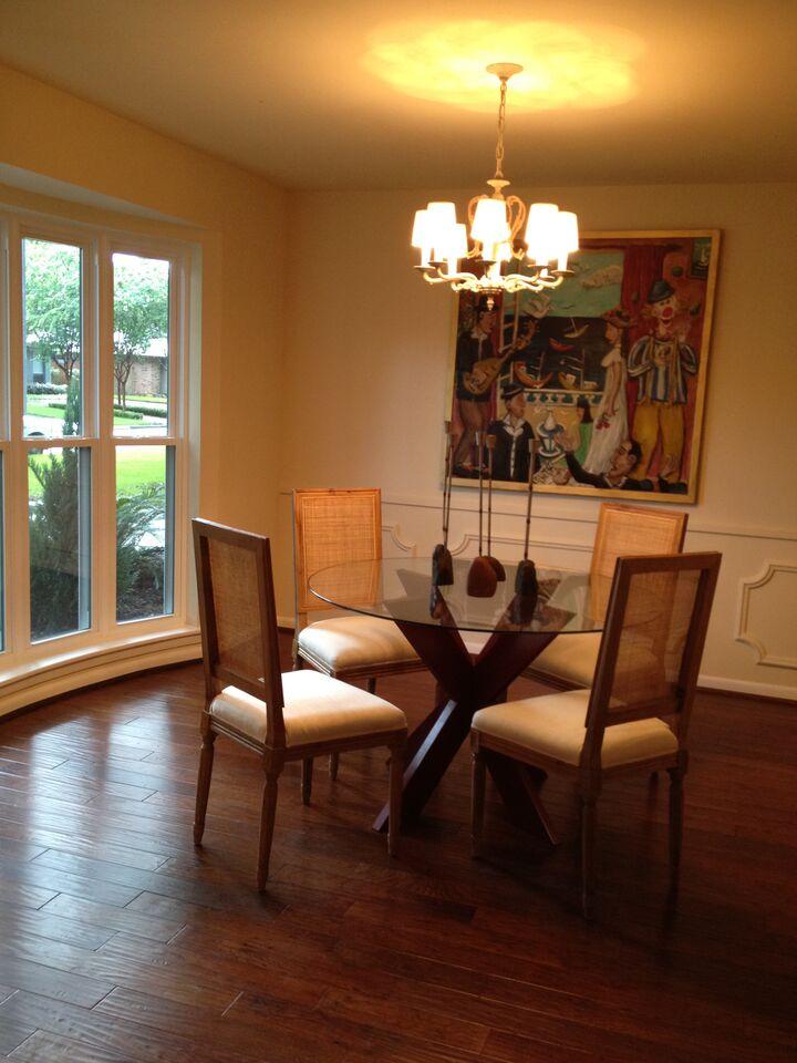 dinig room after